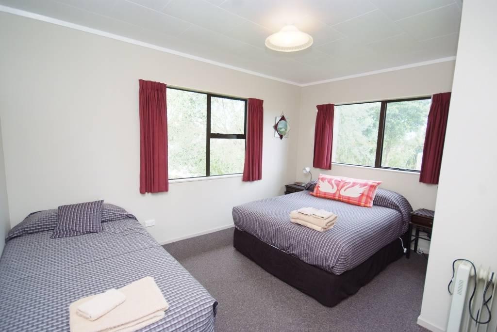 Master bedroom 11a
